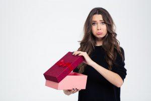 Праздник — праздник… Чего хочет женщина в подарок?
